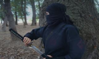 دختری که اوباش و آدم ربایان از او وحشت دارند+فیلم