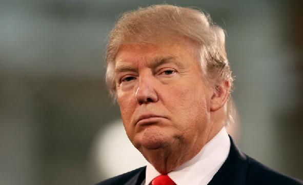 کارمند توییتر حساب دونالد ترامپ را غیر فعال کرد!+عکس