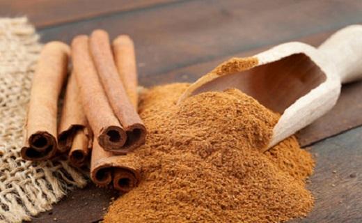 رفع بوی بد دهان با روشهای خانگی/ موثرترین نسخههای گیاهی برای خداحافظی با بوی بد دهان