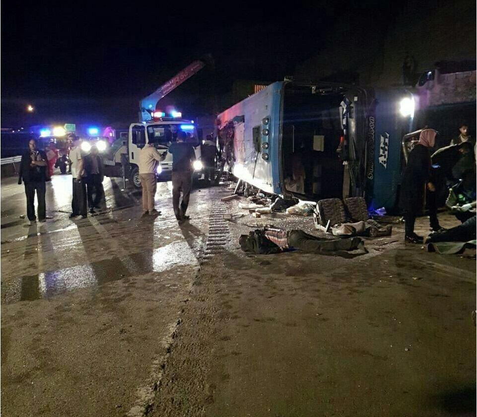 واژگونی مرگبار اتوبوس در محور فیروزکوه ۱۰ کشته برجای گذاشت