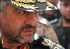 سرلشکر جعفری انتصابهای فرماندهان جدید ارتش را تبریک گفت