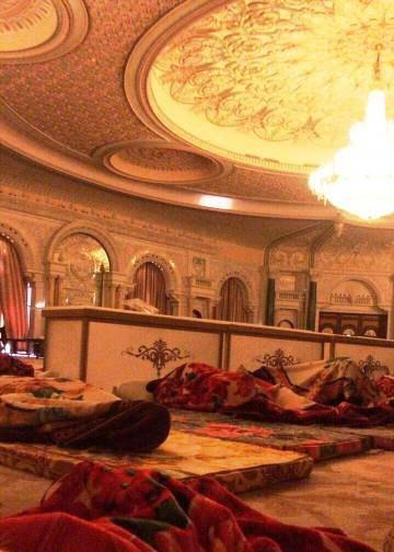اولین ویدئو از محل نگهداری شاهزادگان بازداشت شده سعودی