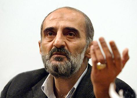 واکنش شریعتمداری به خبر توقیف روزنامه کیهان