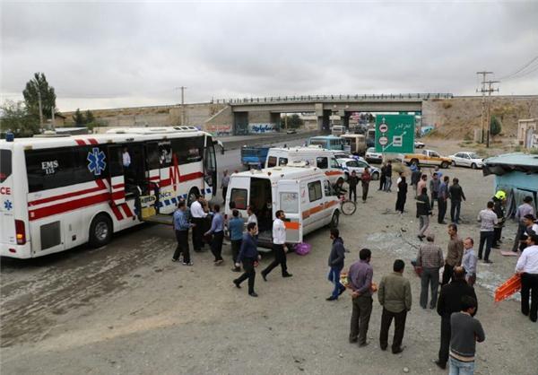 انحراف اتوبوس حامل زائران 10کشته و مصدوم برجای گذاشت/انتقال مصدومان به بیمارستان ولیعصر(عج) اراک