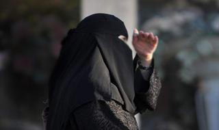 اظهارات دردناک زنی که از دست داعشی ها جان سالم به در برد+فیلم