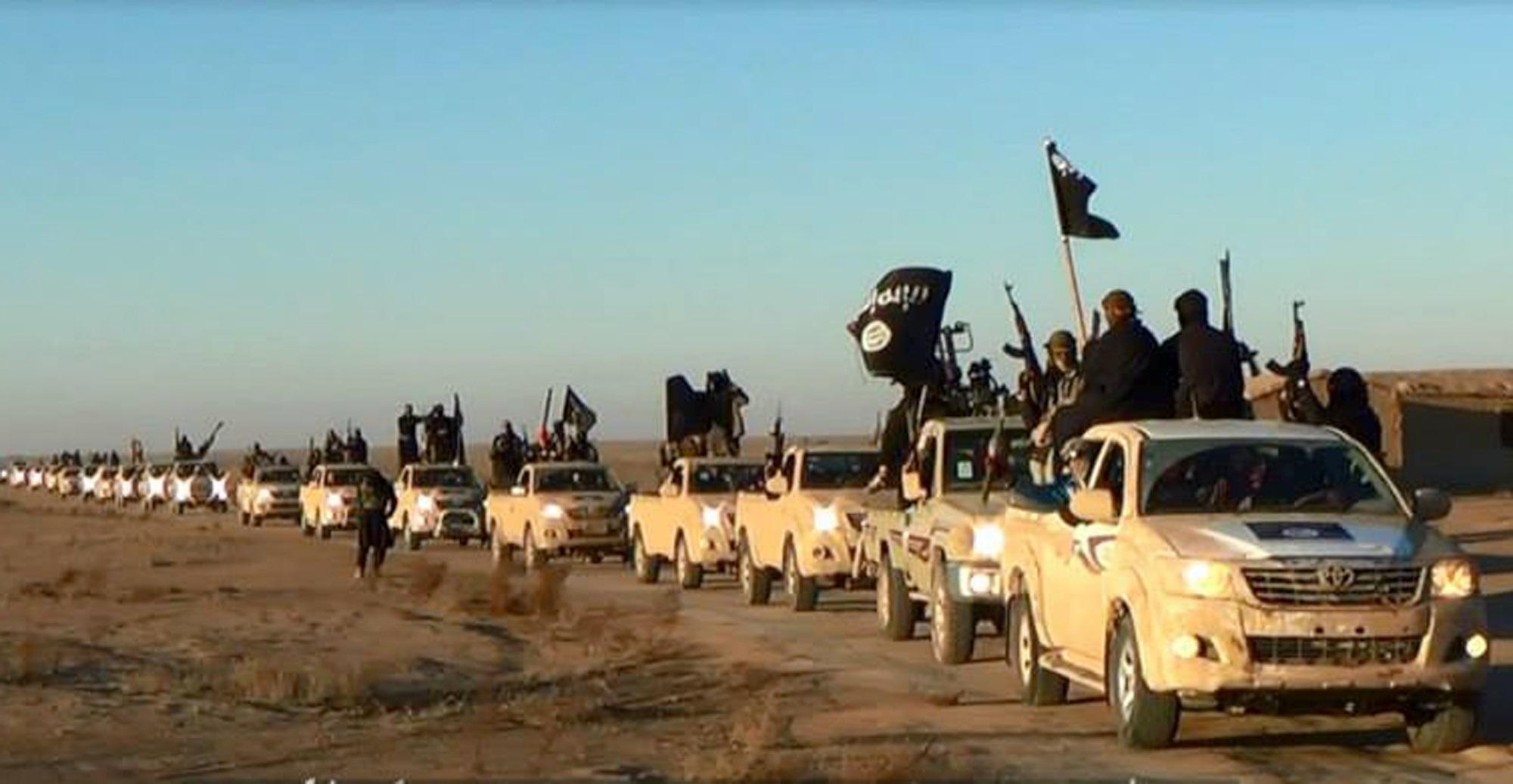 هشدار دادستان کل فرانسه درباره بازگشت تروریست ها از سوریه و عراق