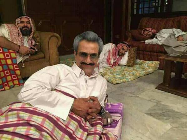 ماجرای سلفی های منتشر شده از شاهزاده های سعودی در بازداشتگاه + تصاویر