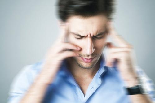 حرکت سلولهای دهلیزی سبب بروز سرگیجه در افراد / کمبود ویتامین دی و استرس عامل اصلی بروز سرگیجه در افراد/