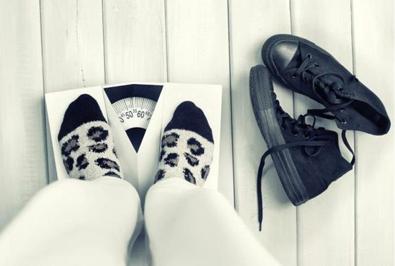 ۷ اشتباه قبل خواب را فراموش کنید تا چاق نشوید