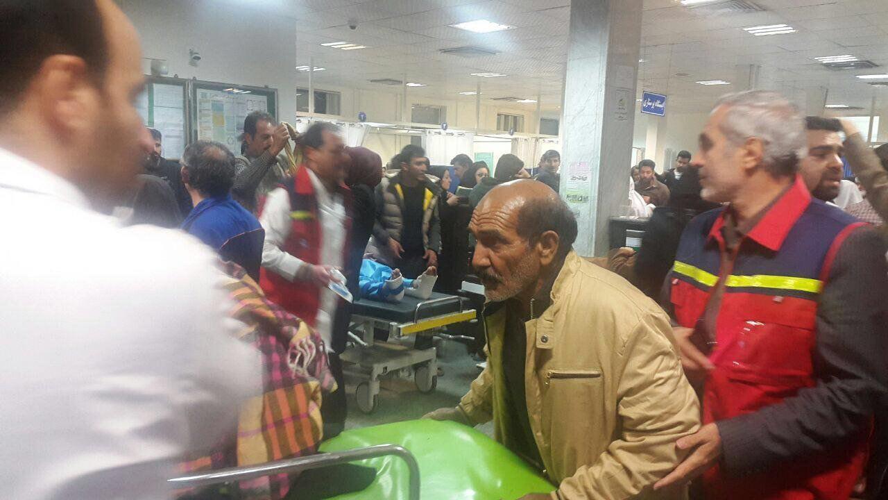 آمار کشتهها در زلزله غرب کشور به ۹۳ نفر رسید/ ١٠٠٠ نفر مصدوم شدند