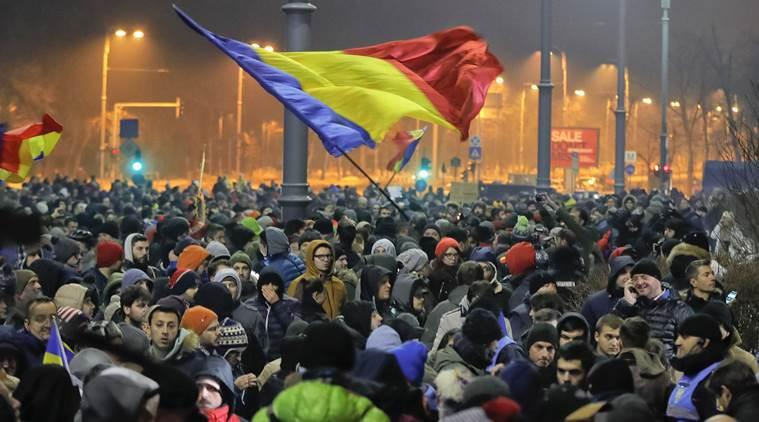 در اعتراض به پیش نویس قانون مبارزه با فساد در رومانی تظاهراتی در پایتخت این کشور برگزار شد