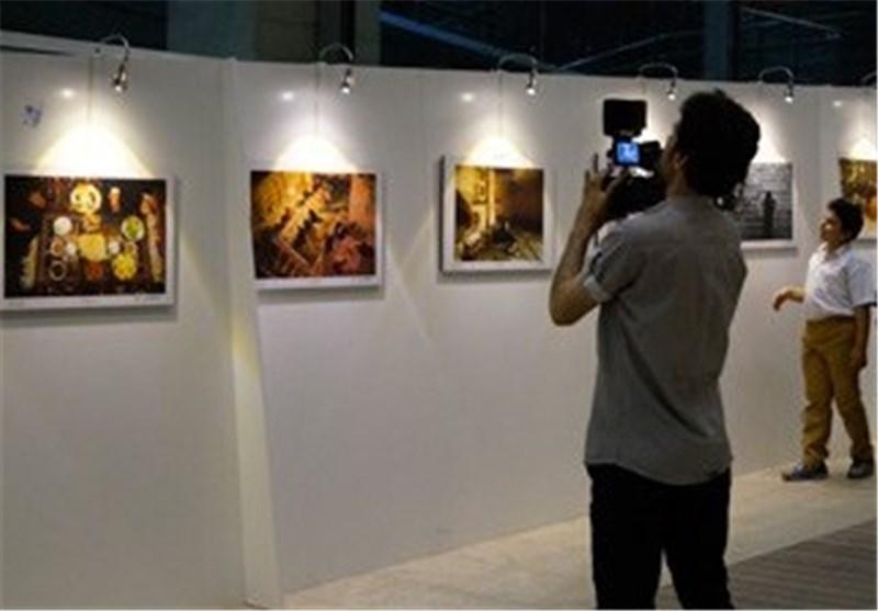 نمایشگاه عکس عاشورایی در راور گشایش یافت