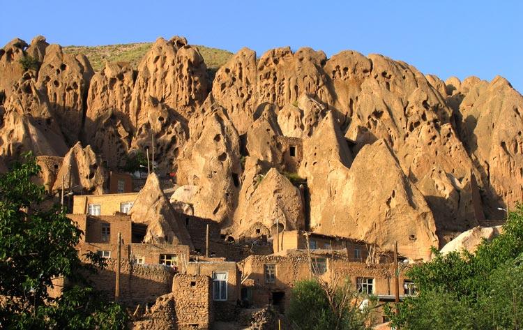 استفاده از فناوری نانو در حفاظت از کرانهای روستای تاریخی کندوان