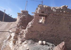خسارتهای زلزله به روستای «کرگزاز» + تصاویر