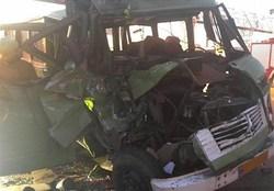 ۶ نفر در تصادف مینیبوس با کامیون در محور همدان - بیجار کشته شدند