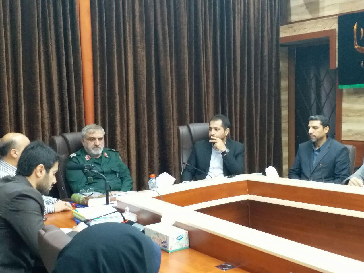 جلسه هم اندیشی اداره کل کتابخانه های عمومی با اداره کل حفظ آثار و نشر ارزش های دفاع مقدس خوزستان