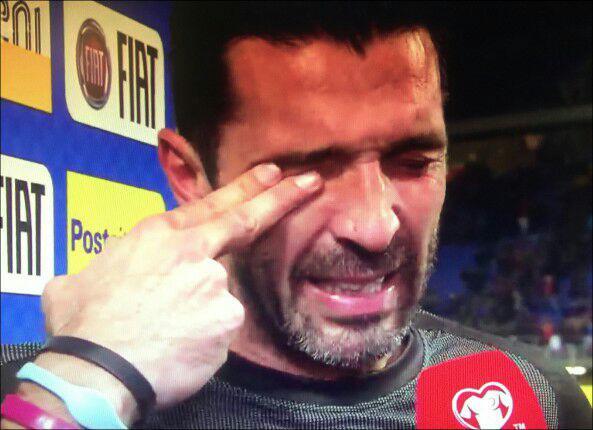 بوفون از بازیهای ملی خداحافظی کرد