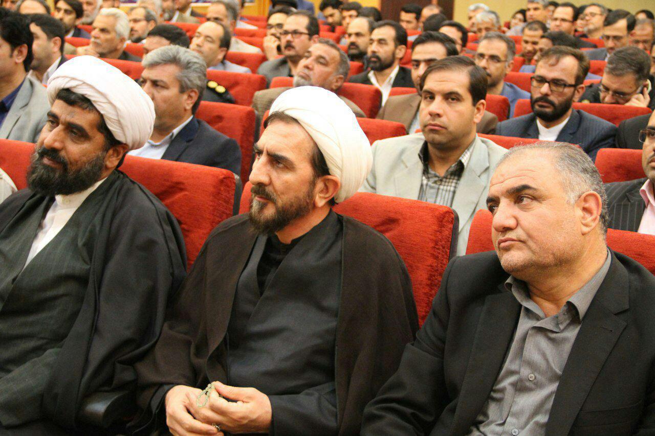 وحدت و همدلی رمز پیروزی و پیشرفت انقلاب اسلامی است