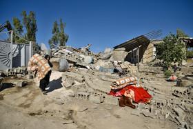 توزیع 20 هزار تخته چادر در مناطق زلزلهزده/ ترخیص 1200 مجروح از بیمارستان و درمان سرپایی 4800 نفر