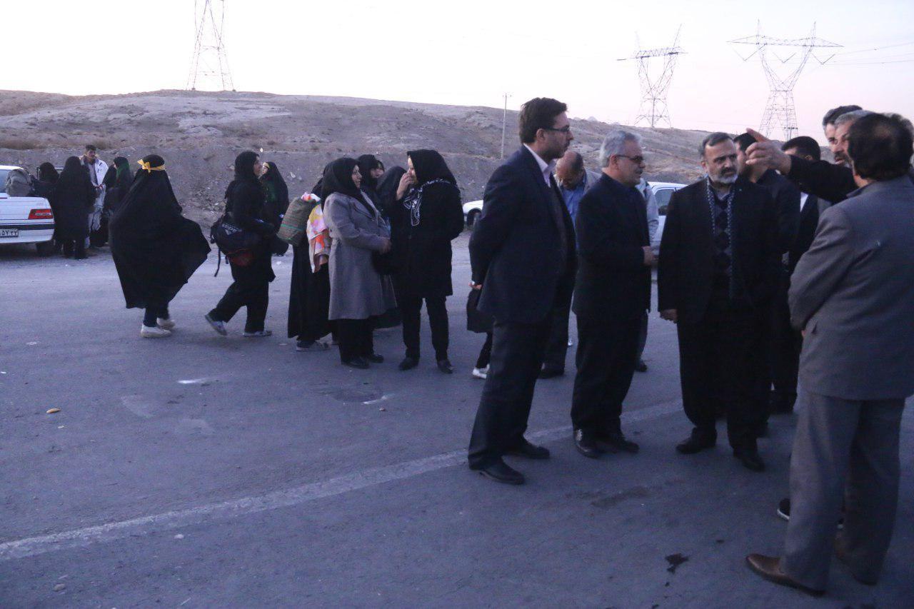 بازدید استاندار خراسان رضوی از روند خدمت رسانی به زائران پیاده در محور کلات
