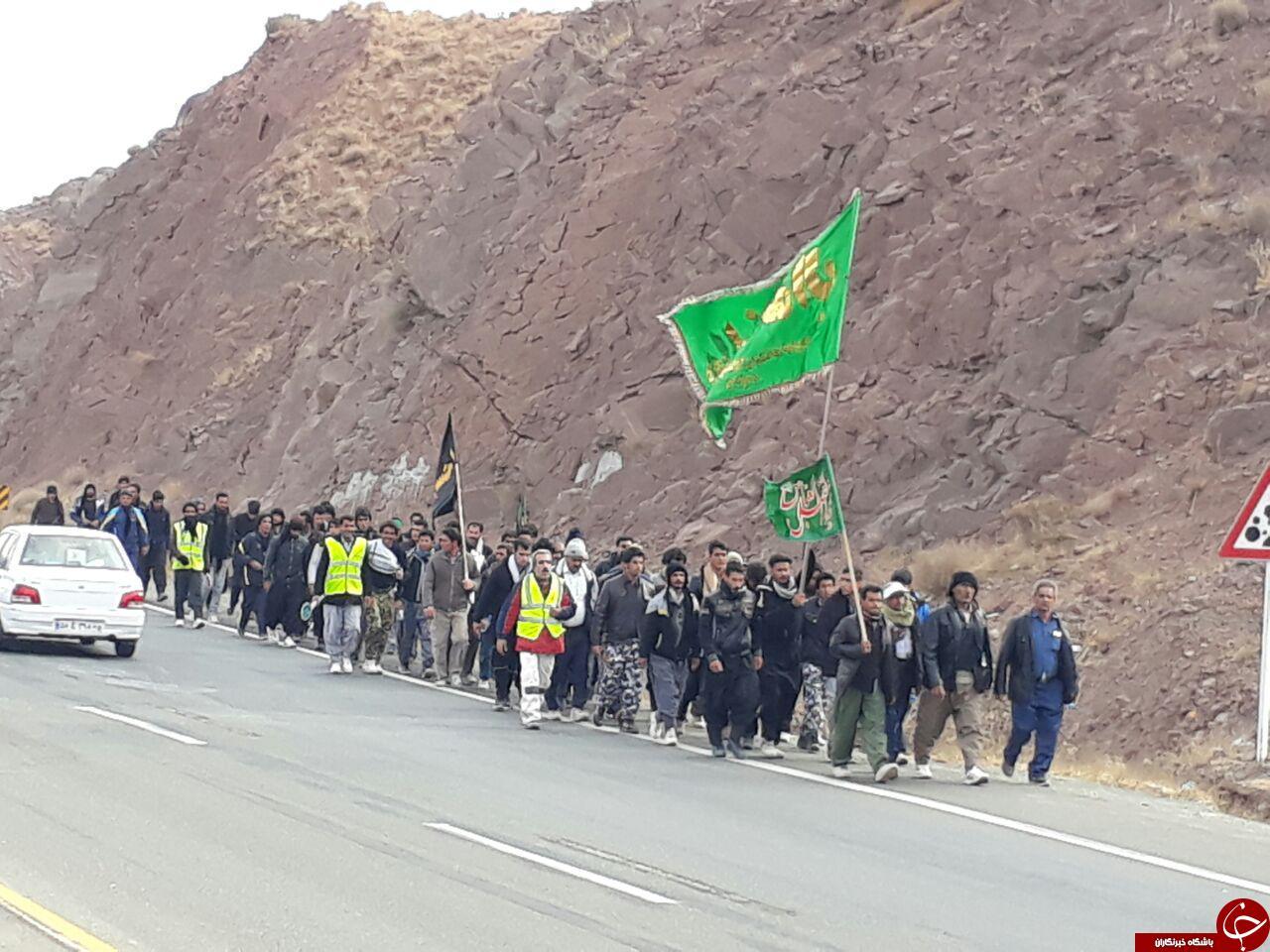مردم تربت حیدریه پذیرای 15 هزار زائر پیاده