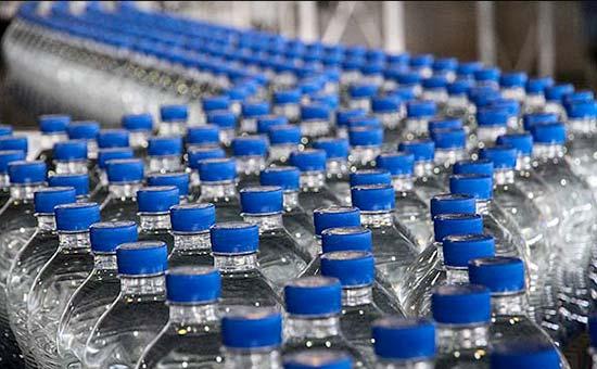 ارسال دستگاه بستهبندی آب به مناطق آسیبدیده از زلزله استان کرمانشاه