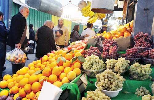 آخرین تحولات بازار میوه و صیفی/ خیار و گوجه فرنگی دوباره گران شد