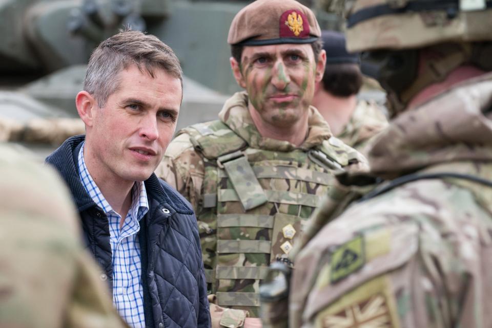 نظر وزیر دفاع جدید انگلیس به داعش، کره شمالی و روسیه