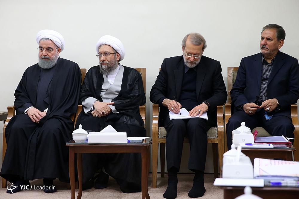 جلسه رهبر معظم انقلاب با رؤسای قوای سهگانه و تنی چند از مسئولان