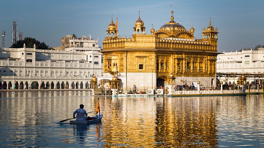 هند تا سال ۲۰۲۸ به سومین اقتصاد بزرگ جهان تبدیل میشود