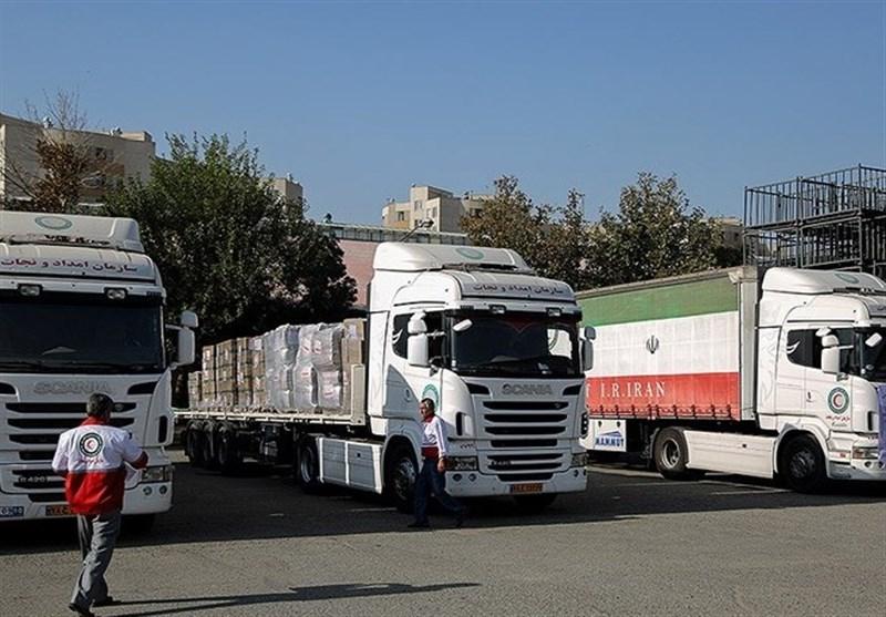 15 کامیون اقلام ضروری زلزلهزدگان از خوزستان راهی کرمانشاه شدند