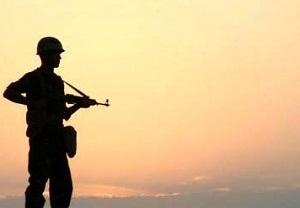سرباز وظیفه شهر آستانه شازند در درگیری با قاچاقچیان  به لقاء حق نایل شد