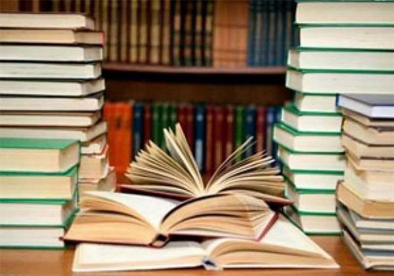 اهدای کتاب به ارزش بیش از ١١٨ میلیون تومان در آذربایجان شرقی
