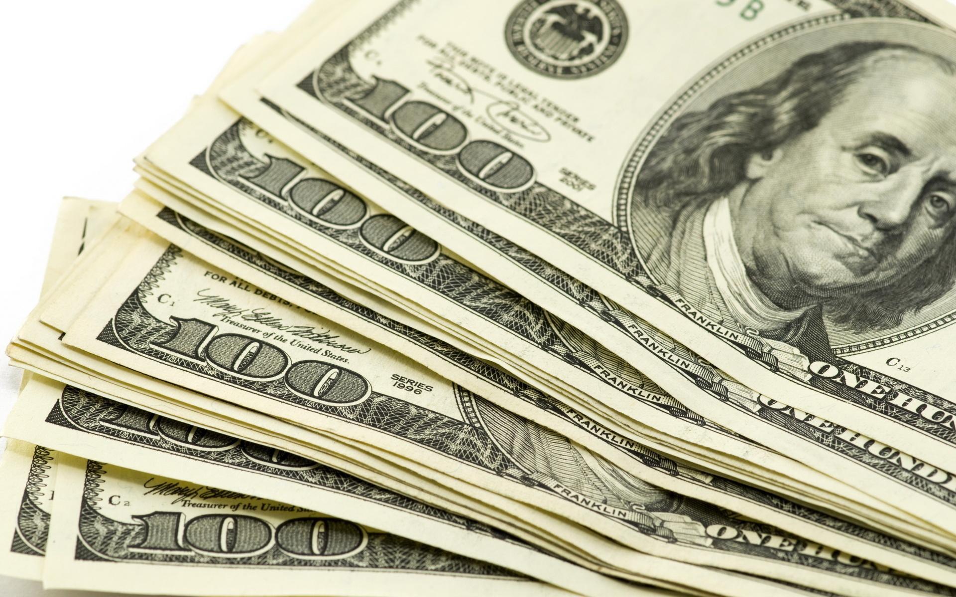 دونرخی بودن ارز،  موجب فساد است/  نرخ دوگانه ارز یعنی ذبح تولید داخلی پای واردات غیرضروری