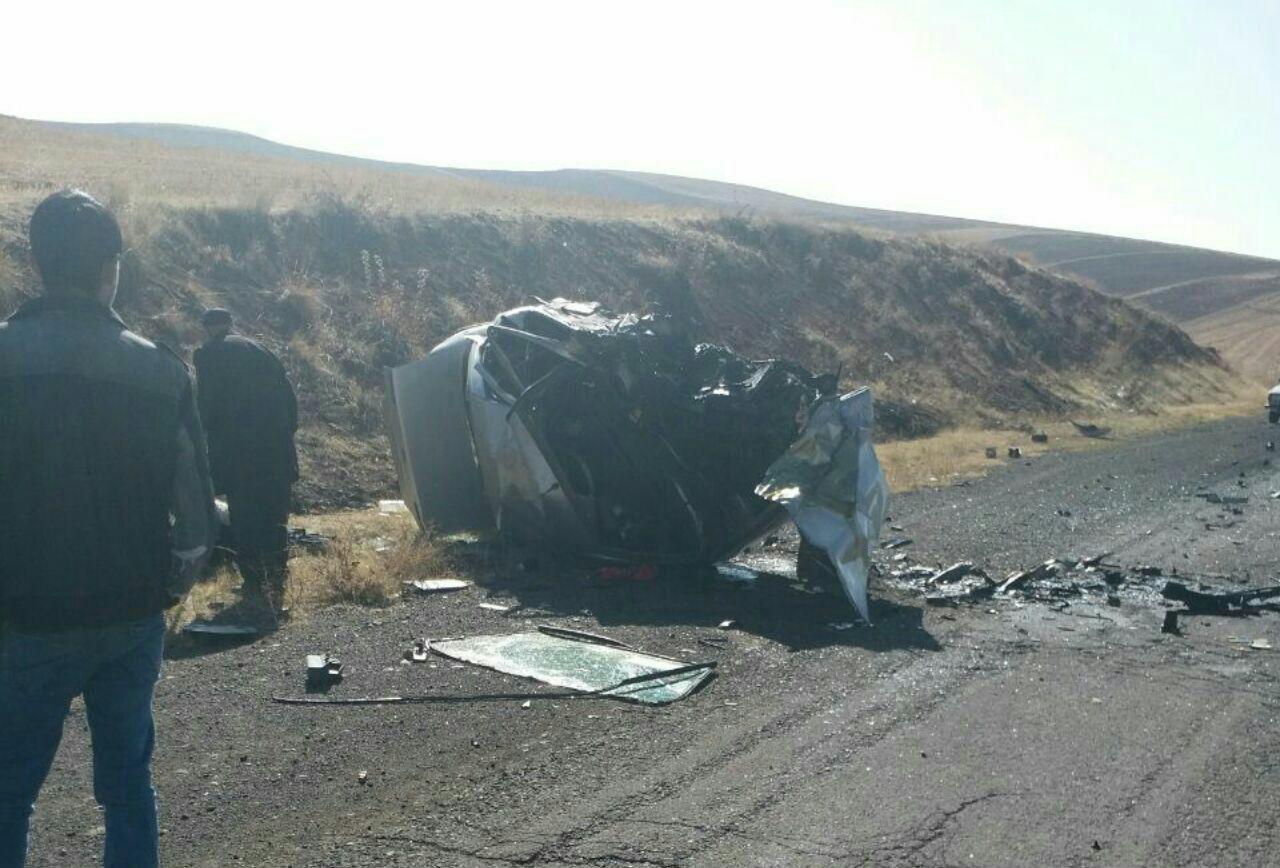 پنج کشته وزخمی در برخوردخونین سمند با پژو در محور هریس زرنق