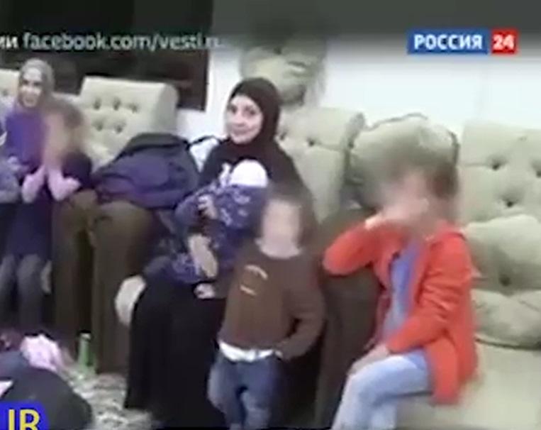 آزادی شهروندان روسی از چنگال داعش+ فیلم