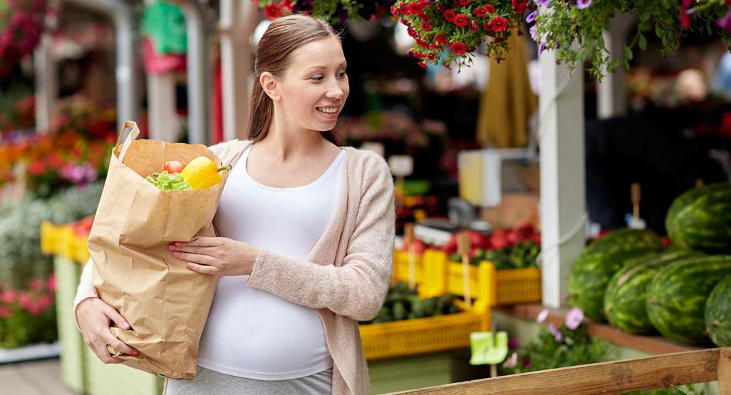 ۱-جدیدترین یافتهها درباره خطر چاقی بیش از حد دربارداری۲-قابل توجه مادران باردار؛ چاقی بیش از حد دردوران بارداری ممنوع۳-پرخوری در دوران بارداری جنین را درآینده مبتلا به این بیماریها میکند۴-پرخوری در دوران بارداری به نفع جنین نیست۵-پرخوری زنگ خطر زایمان زودرس و خطر مرگ نوزاد