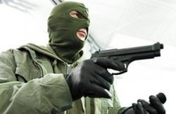 حمله مسلحانه دو سارق به یک رستوران + فیلم