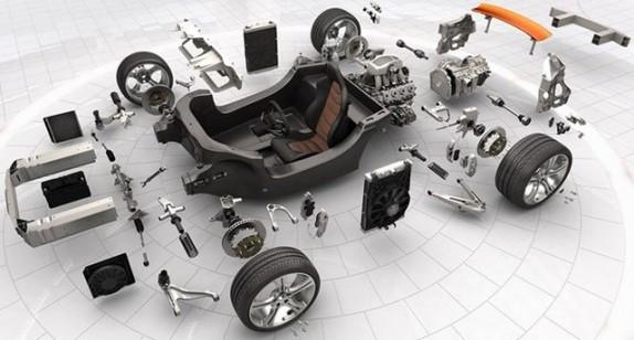 ۹۰ درصد بازار لوازم یدکی کشور وارداتی است! / صادرات قطعات خودرو به دلیل بدهی خودروسازان به کُما رفت