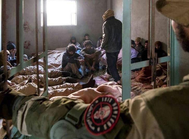 دستگیری تروریستها در دیرالزور+تصاویر