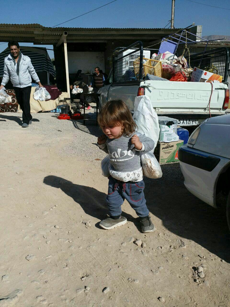 آخرین جزییات امداد رسانی به مناطق زلزله زده + فیلم و تصاویر