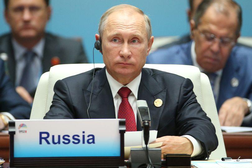 آیا پوتین از رقابت در انتخابات 2018 روسیه کنار میرود؟