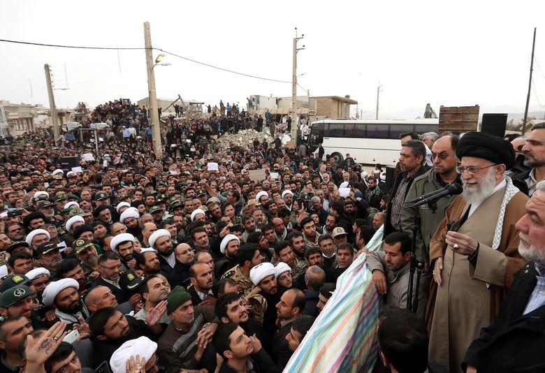 رهبر معظم انقلاب از مناطق زلزلهزده استان کرمانشاه بازدید کردند