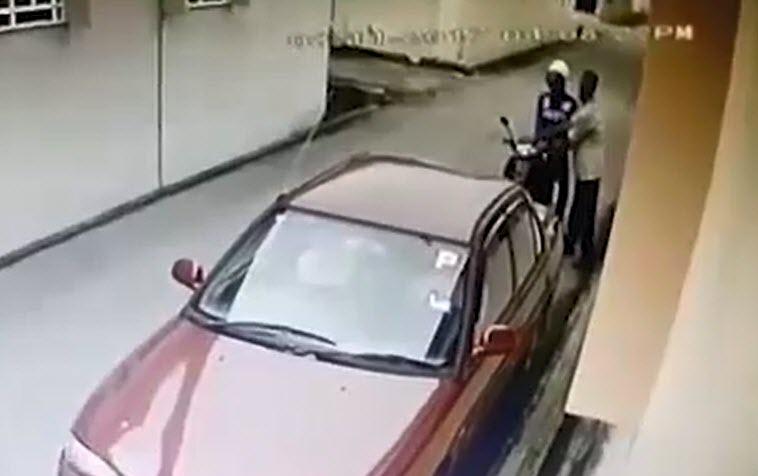 سرقت سه سوته باطری خودرو + فیلم