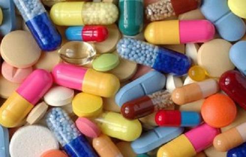 از خوردن آنتی اکسیدان ها پرهیز کنید/ ویتامین ث هیچ تاثیری در بهبود سرماخوردگی ندارد/ ویتامین E عامل  افزایش سرطان / زینک تنها عامل موثر در بهبود سرماخوردگی