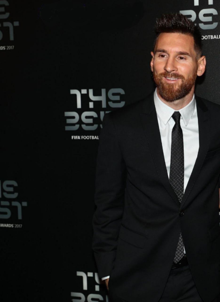 تحلیل زبان بدن مسی و رونالدو در مراسم بهترین های سال فوتبال ۲۰۱۷