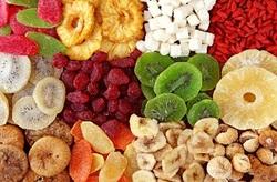 کاهش وزن شگفت انگیز با مصرف 9 میوه خشک شده