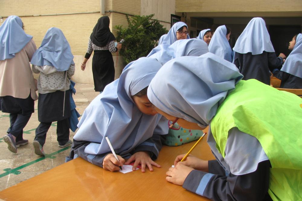 انتخابات به وقت دانش آموزی/ جشنواره دموکراسی دانش آموزان ناجی مدارس می شود؟