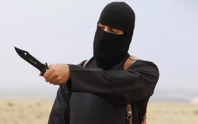 داعش پس از مسی به تهدید سرمربی مشهور اقدام کرد+عکس