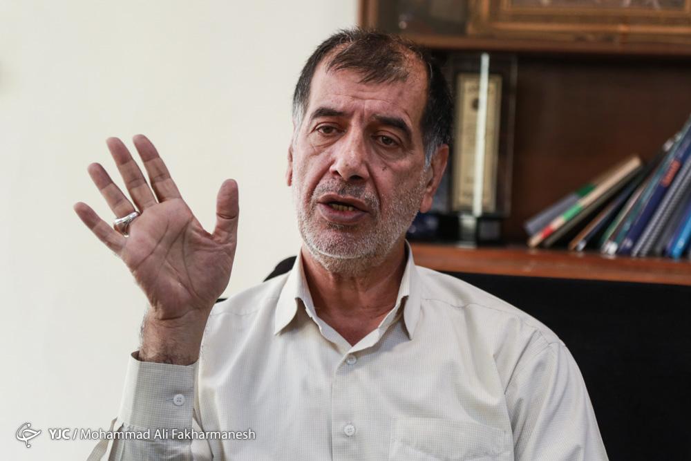 ناطقنوری هیچگاه از اصولگرایان جدا نمیشود/احمدینژاد فکر میکرد به تنهایی میتواند مملکت را اداره کند/جبهه پیروان در آستانه تحول قرار دارد/روحانی حق اصلاحطلبان را داد